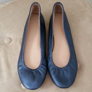 NY & Co size 7 blue ballet flat